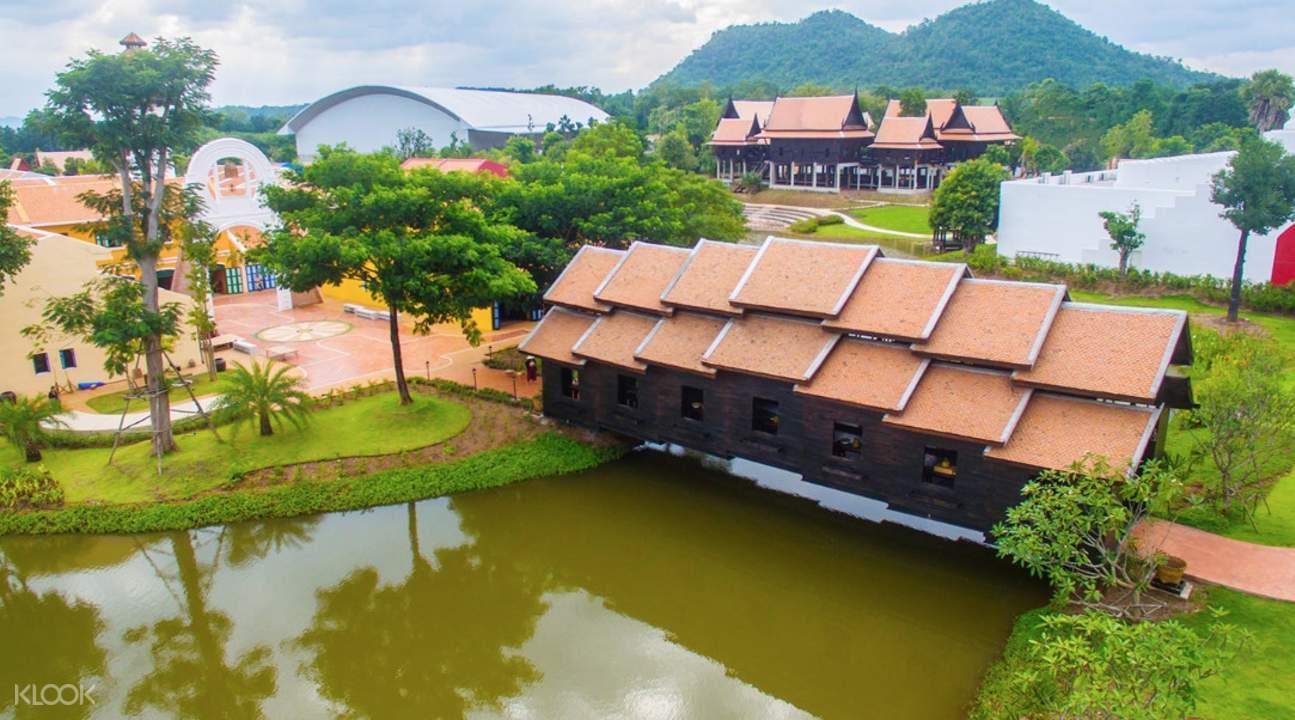 turnable bridge in mallika