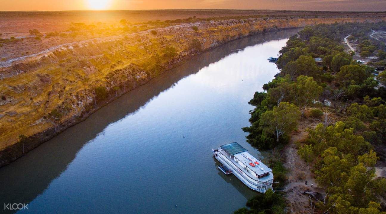 Riverboats on the Murray Tour