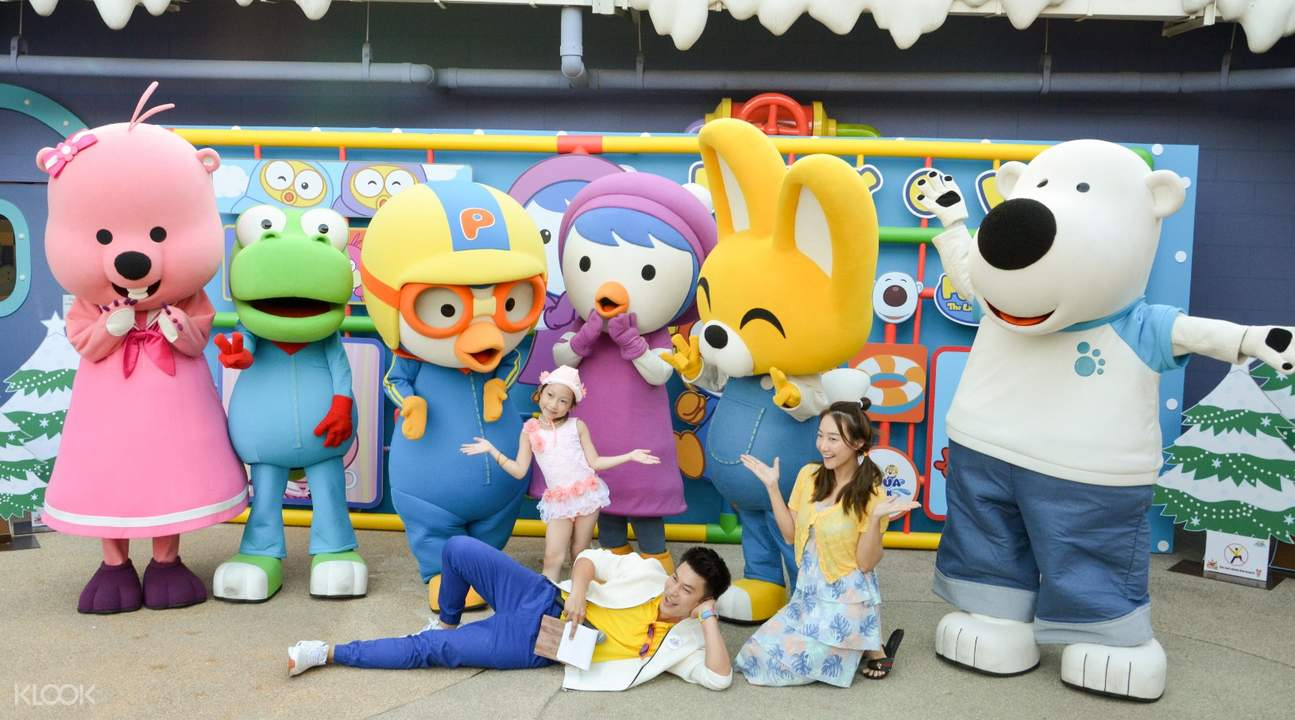 Pororo and friends at Pororo AquaPark Bangkok in Thailand