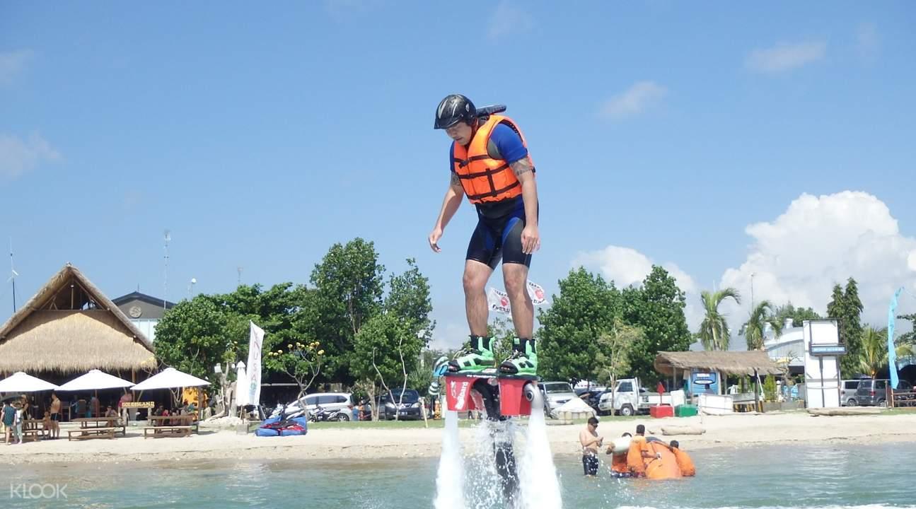 巴厘岛水上飞板flyboard