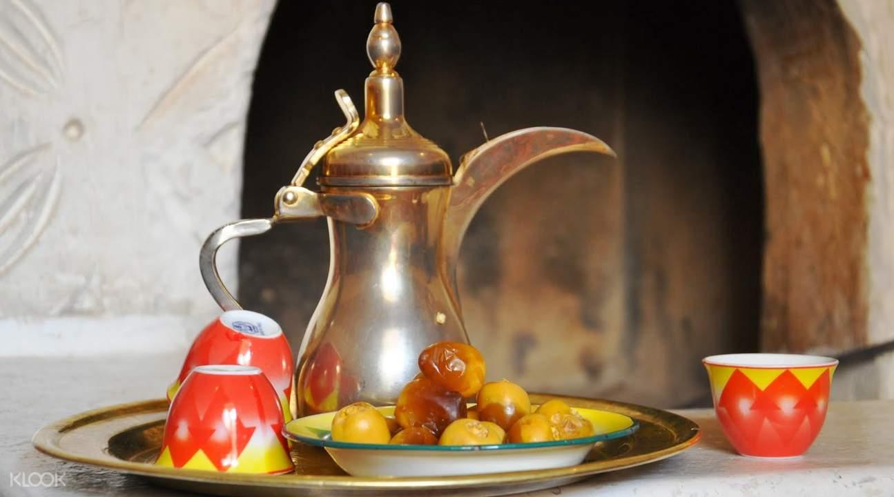 迪拜清晨沙漠早餐