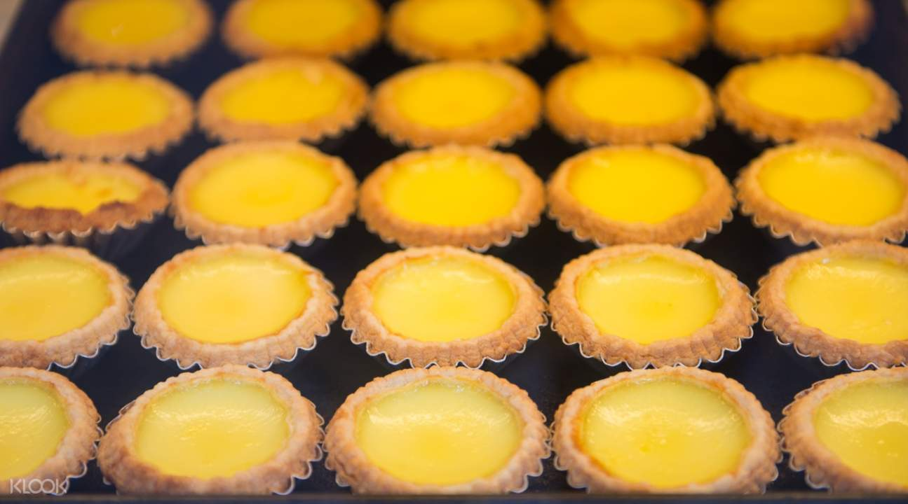 egg tarts hong kong big bus walking tour