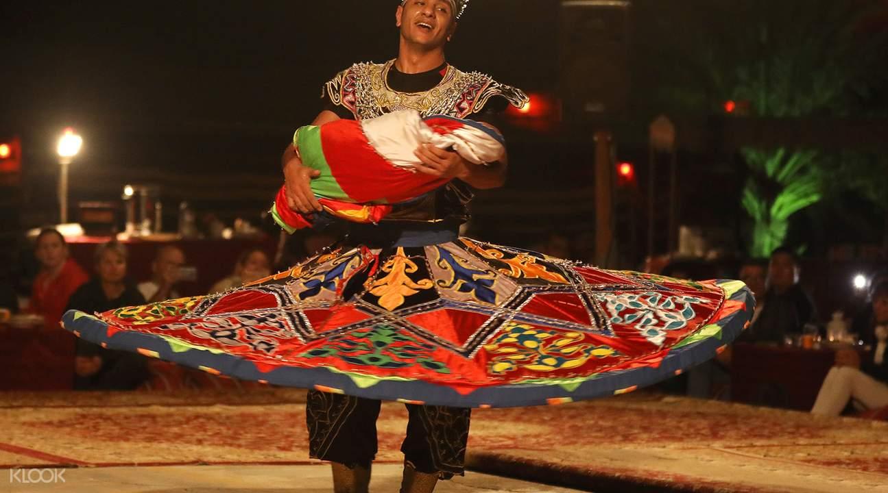 塔诺拉舞蹈表演