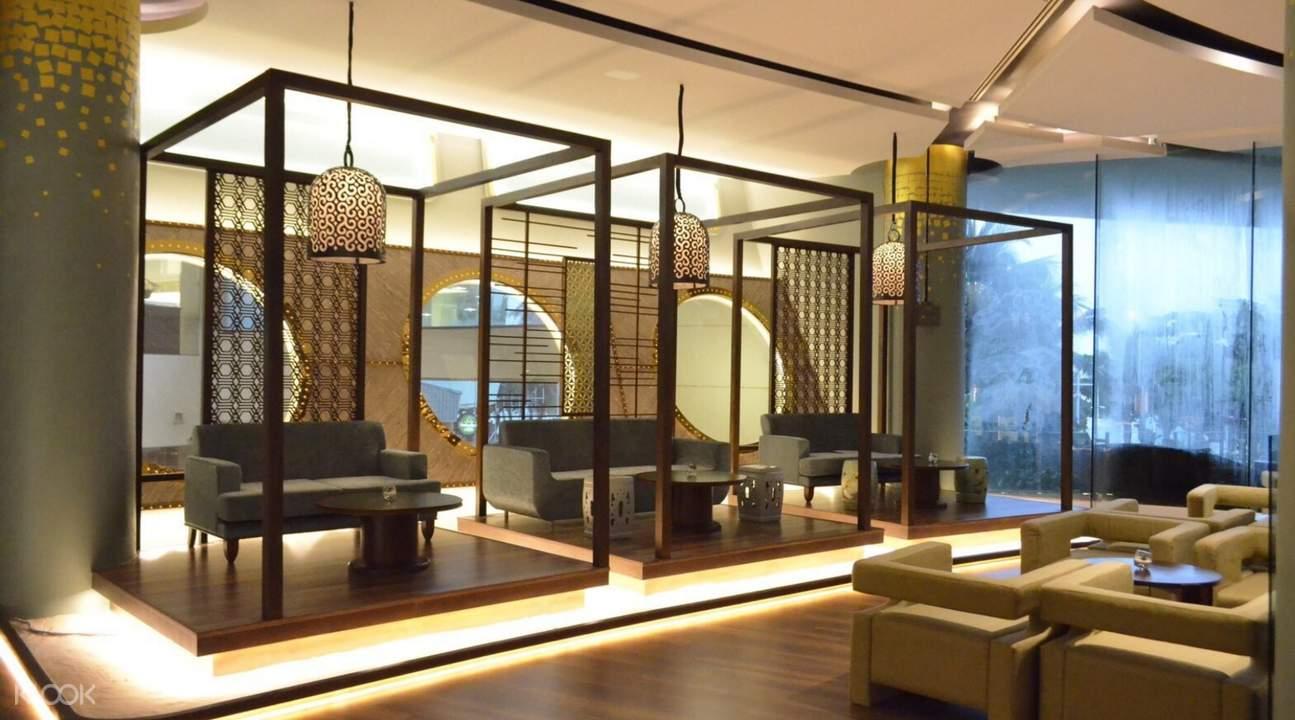 泰国芭提雅A-One皇家游轮酒店The Boat餐厅下午茶