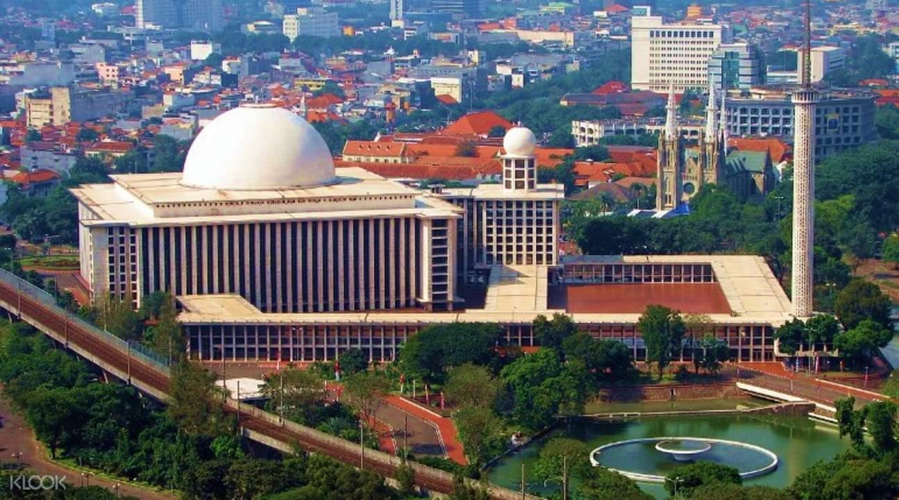 jakarta landmarks tour indonesia jakarta cathedral