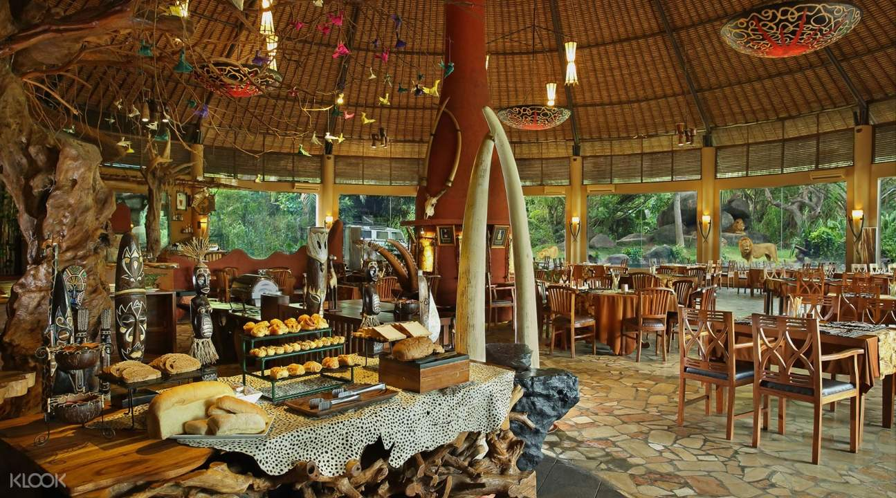 Breakfast with Lions Bali Safari and Marine Park Tickets (Domestic Rate) Indonesia