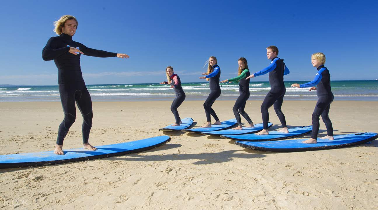 Surfing 101 at Noosa Heads