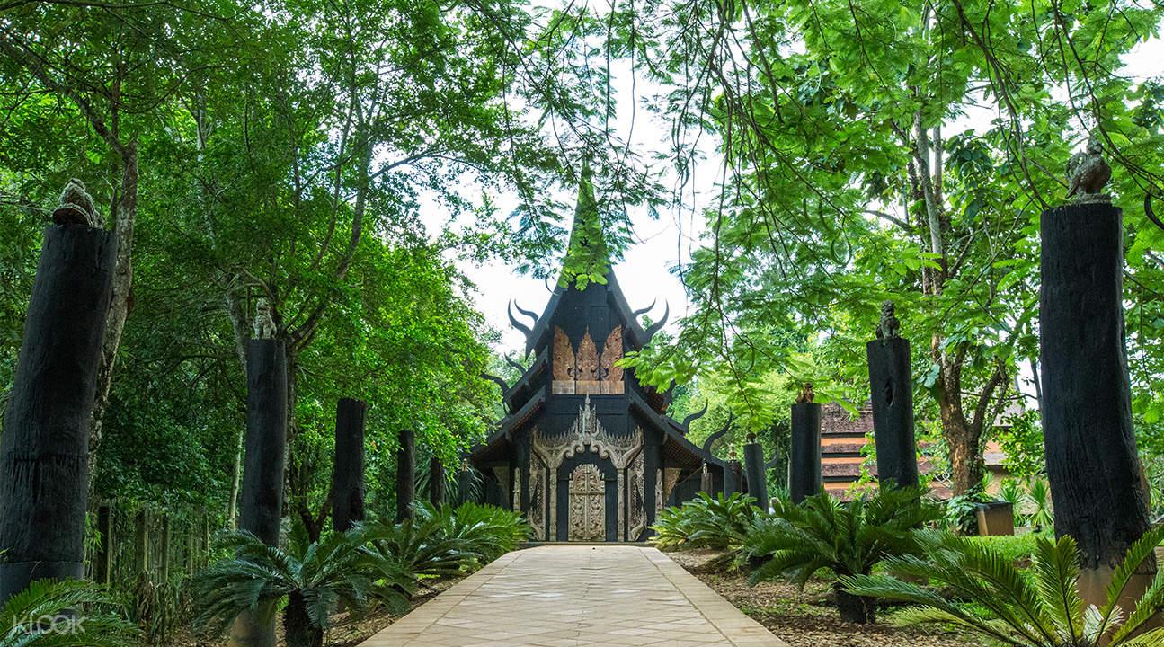 exterior of black temple