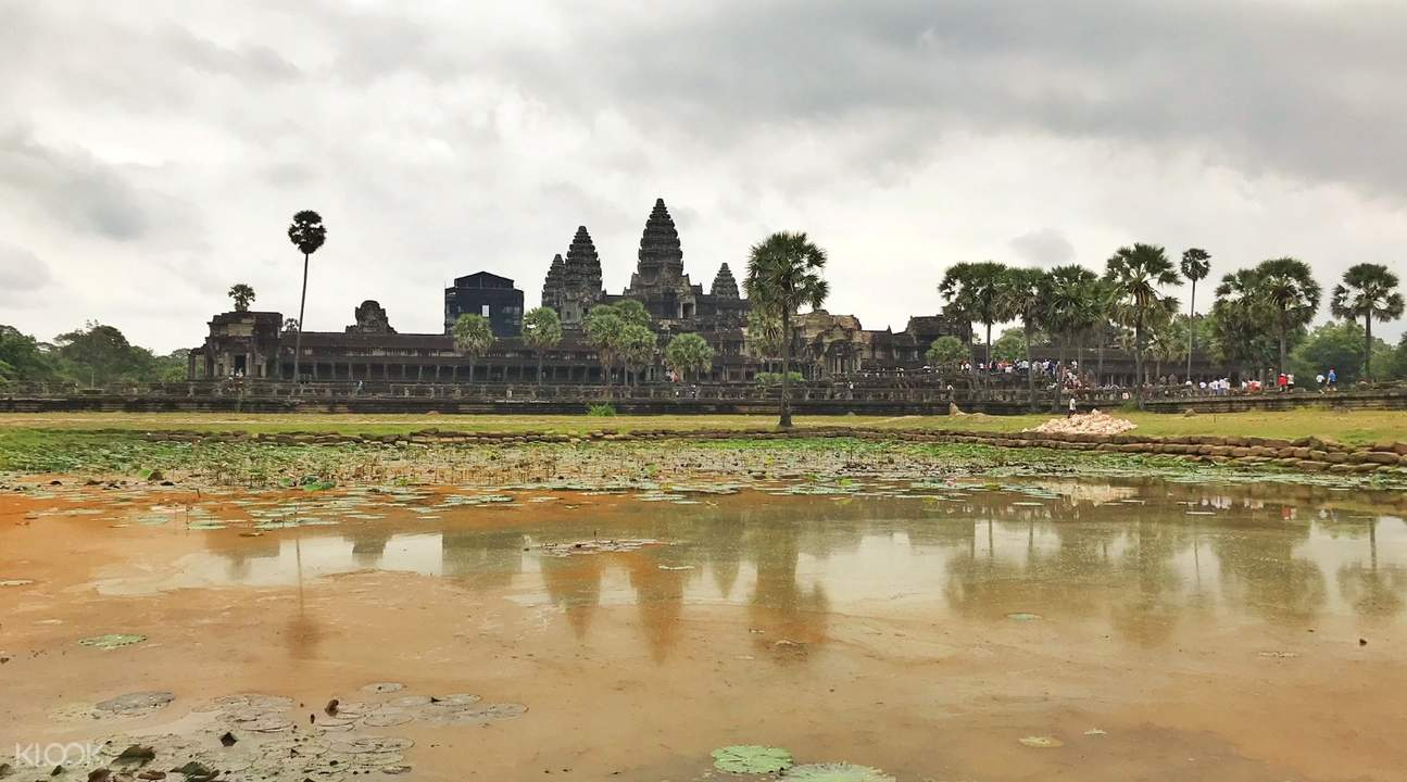 angkor wat angkor temples private tour by tuk tuk