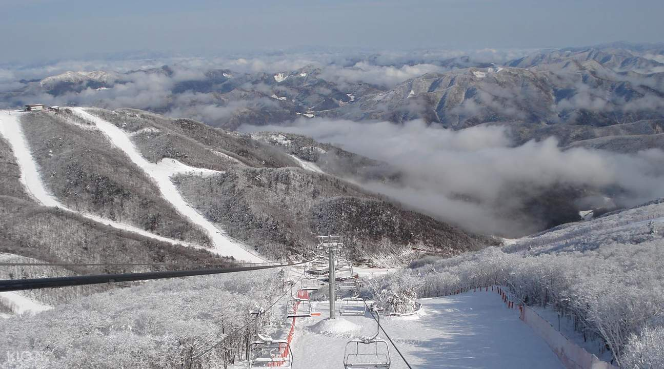 High1度假村滑雪体验