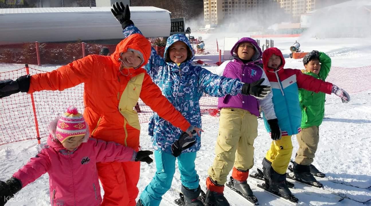 伊甸園山谷滑雪度假村往返接駁巴士套餐(釜山出發)