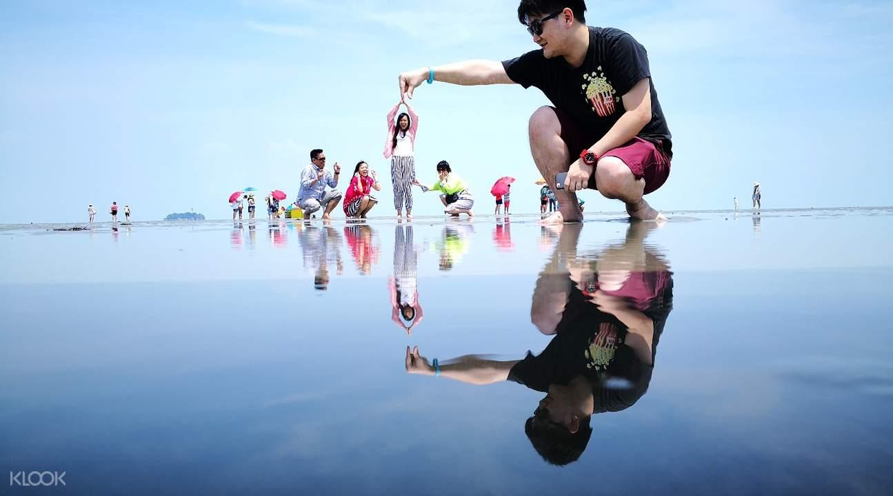 Sky Mirror & Sekinchan Paddy Field Tour from Kuala Lumpur