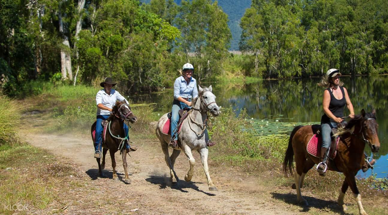 澳洲凱恩斯騎馬