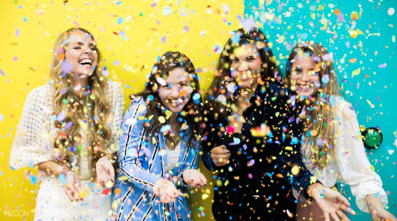 girls with confetti