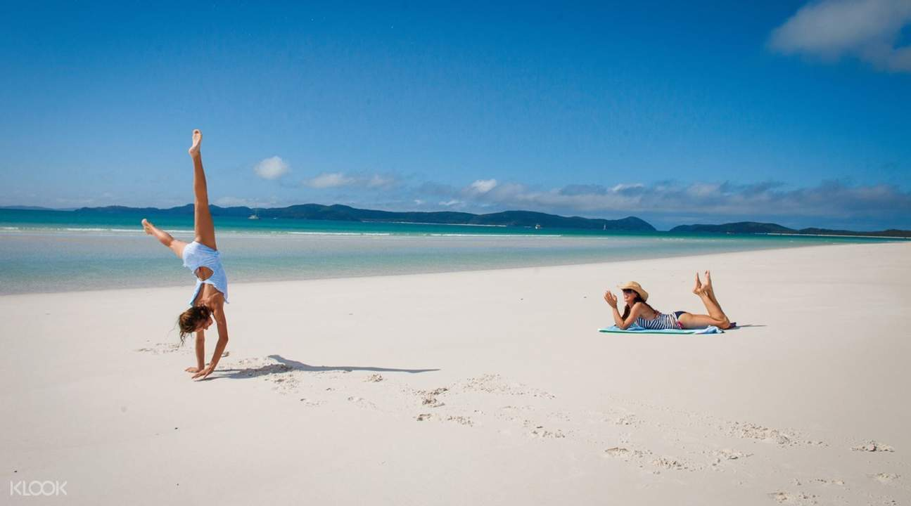 Whitsunday Islands and Whitehaven Beach Half Day Cruise from Airlie Beach or Hamilton Island