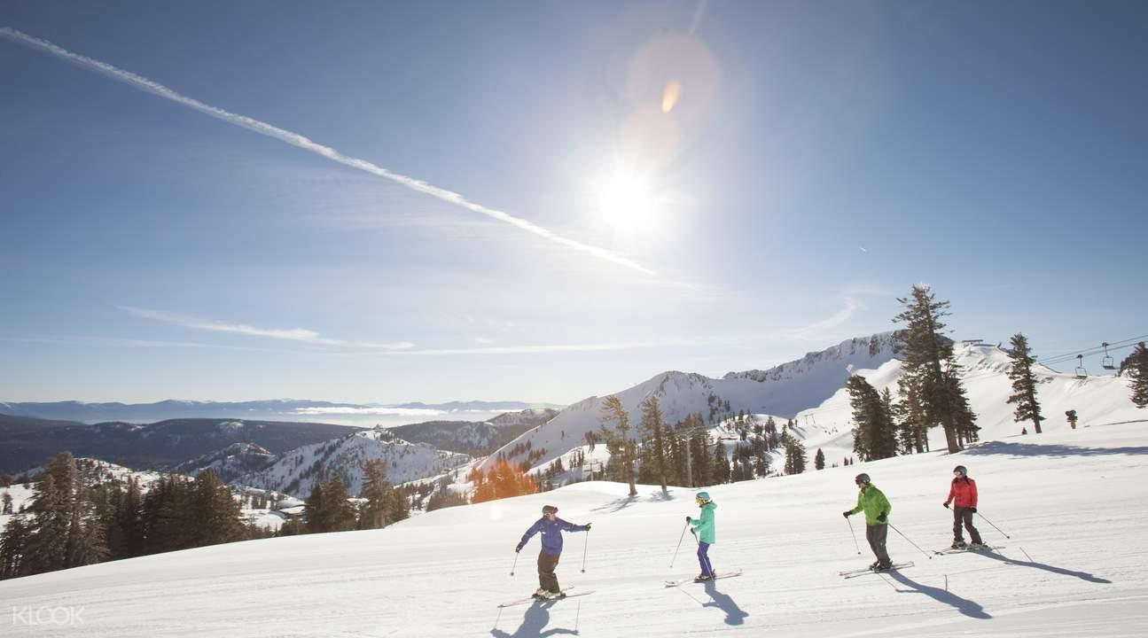 squaw-people skiing