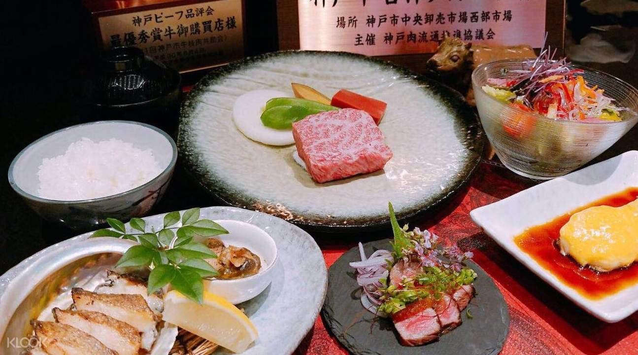 神戶牛榮吉的活鮑鐵板燒