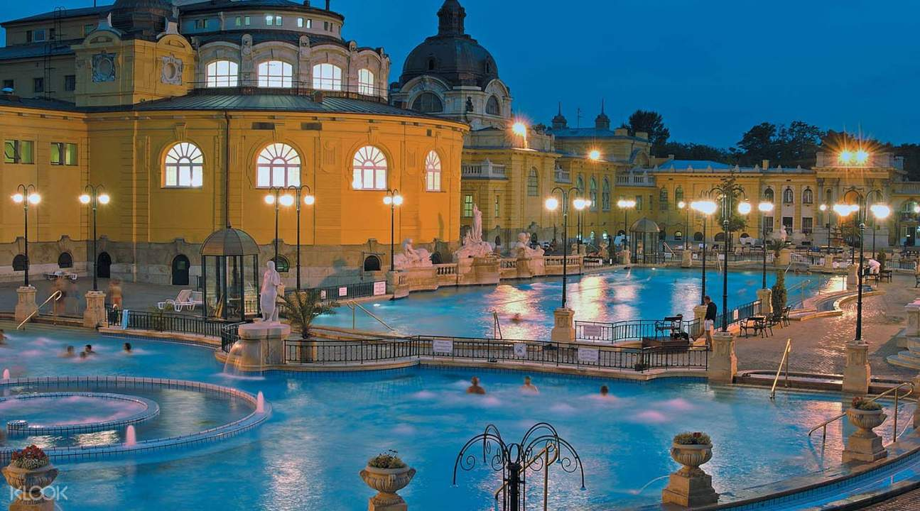 szechenyi spa pool in the evening