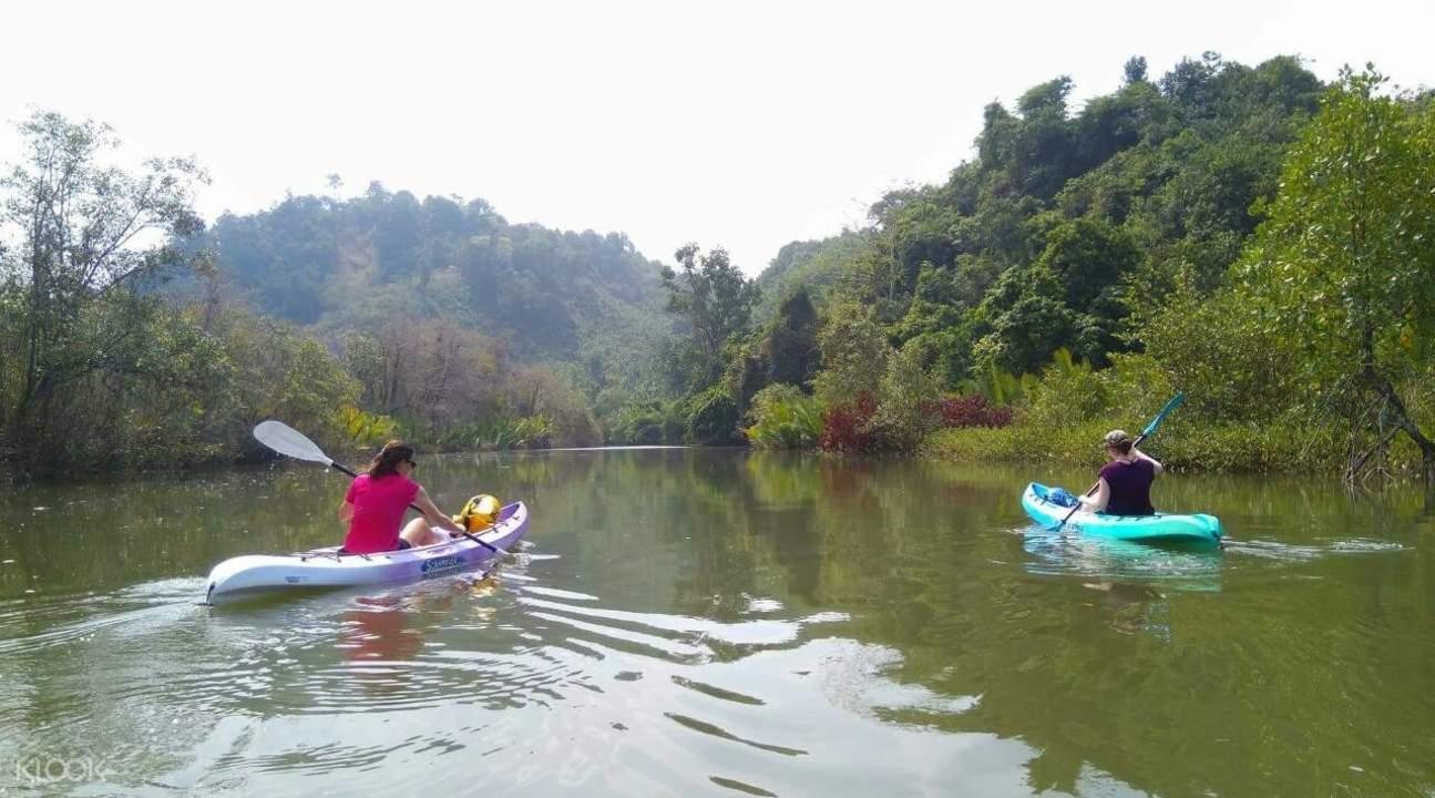 Maung Shwe Lay Kayaking