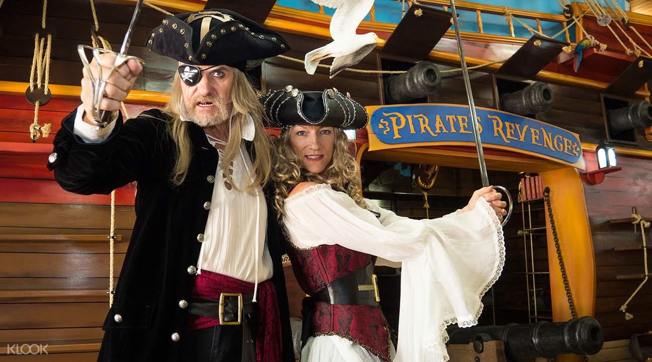 Pirate's Revenge souvenir shop
