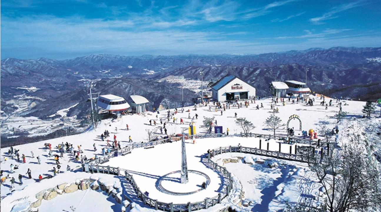 aerial view of Phoenix Ski Resort