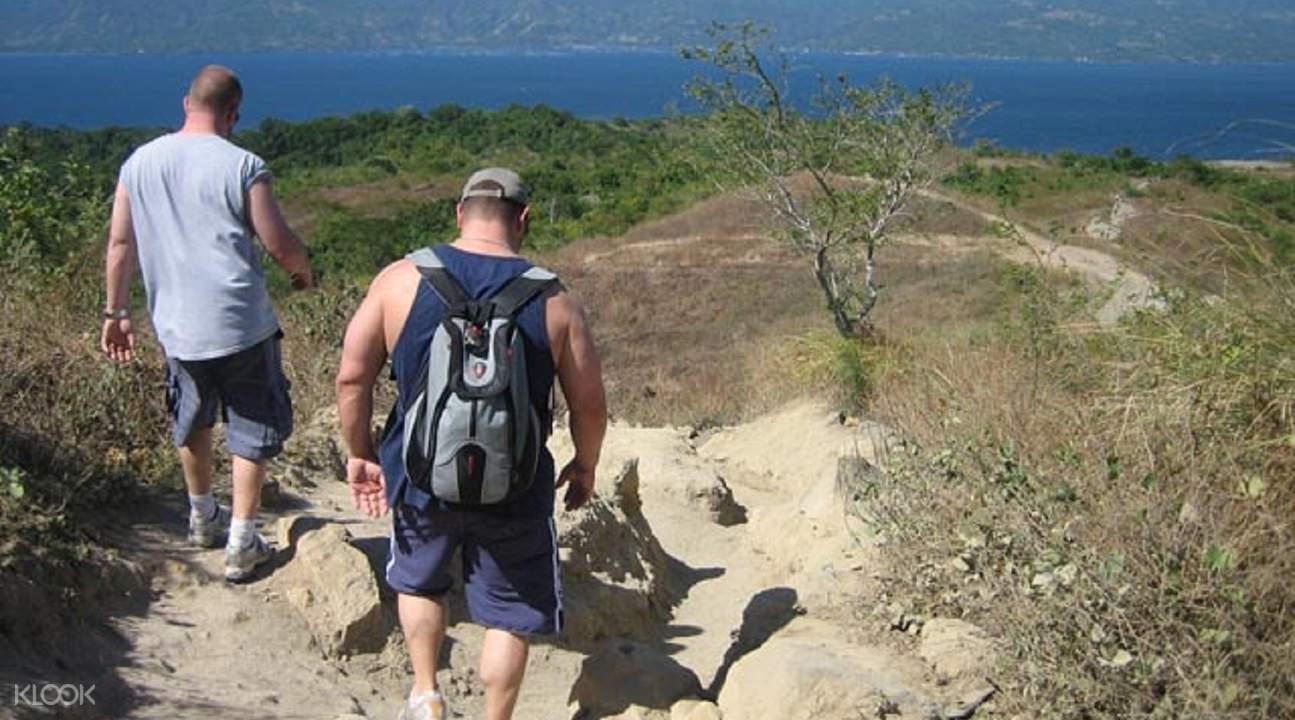 塔尔火山徒步之旅