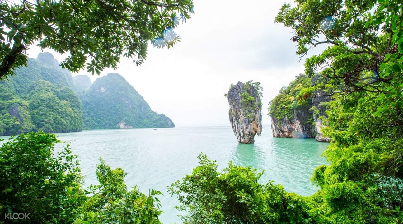 natural scenery of james bond island