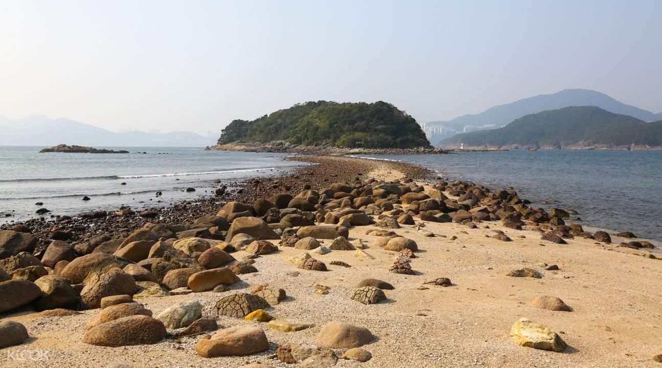Sharp Island Kiu Tau Natural Tombolo