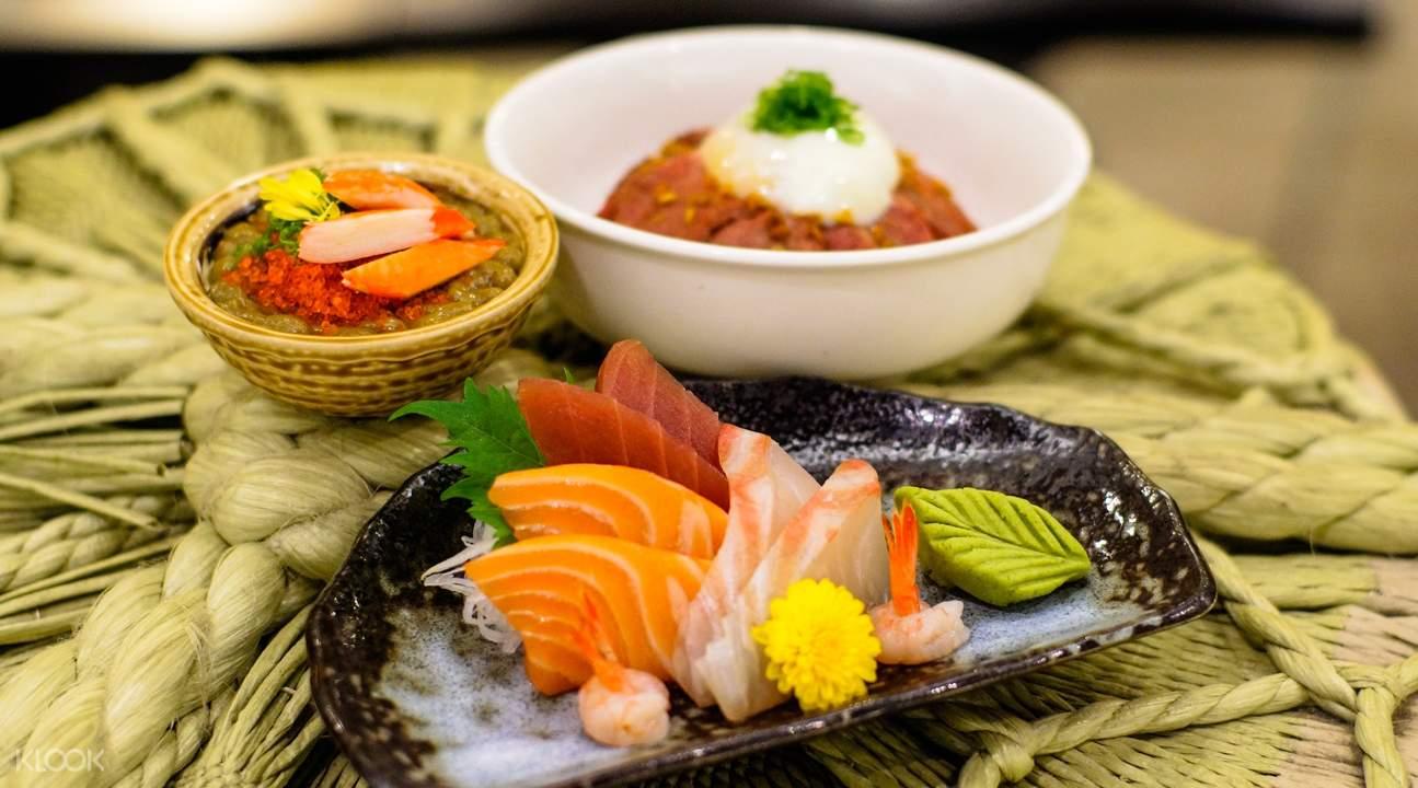sashimi platter Standing Sushi Bar