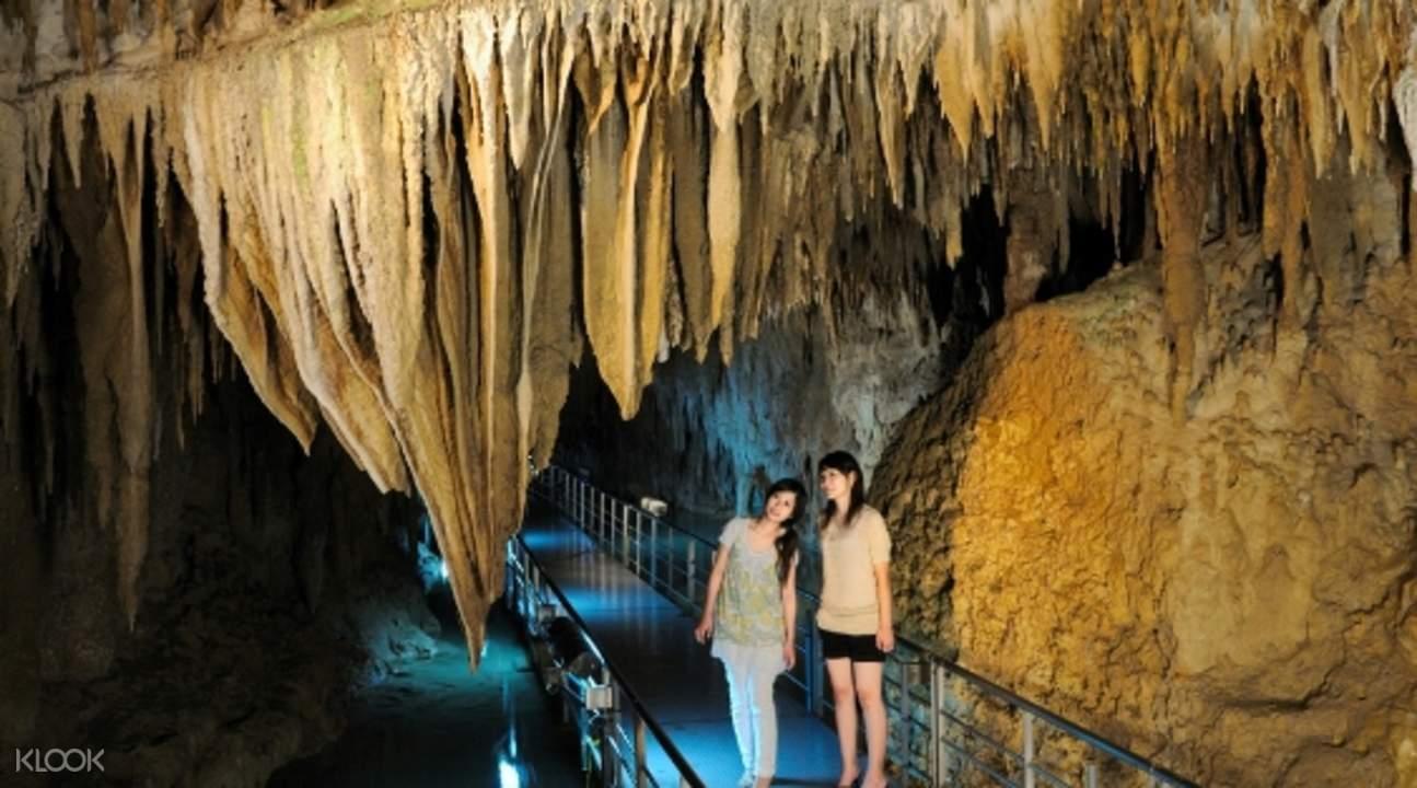 沖縄 洞窟