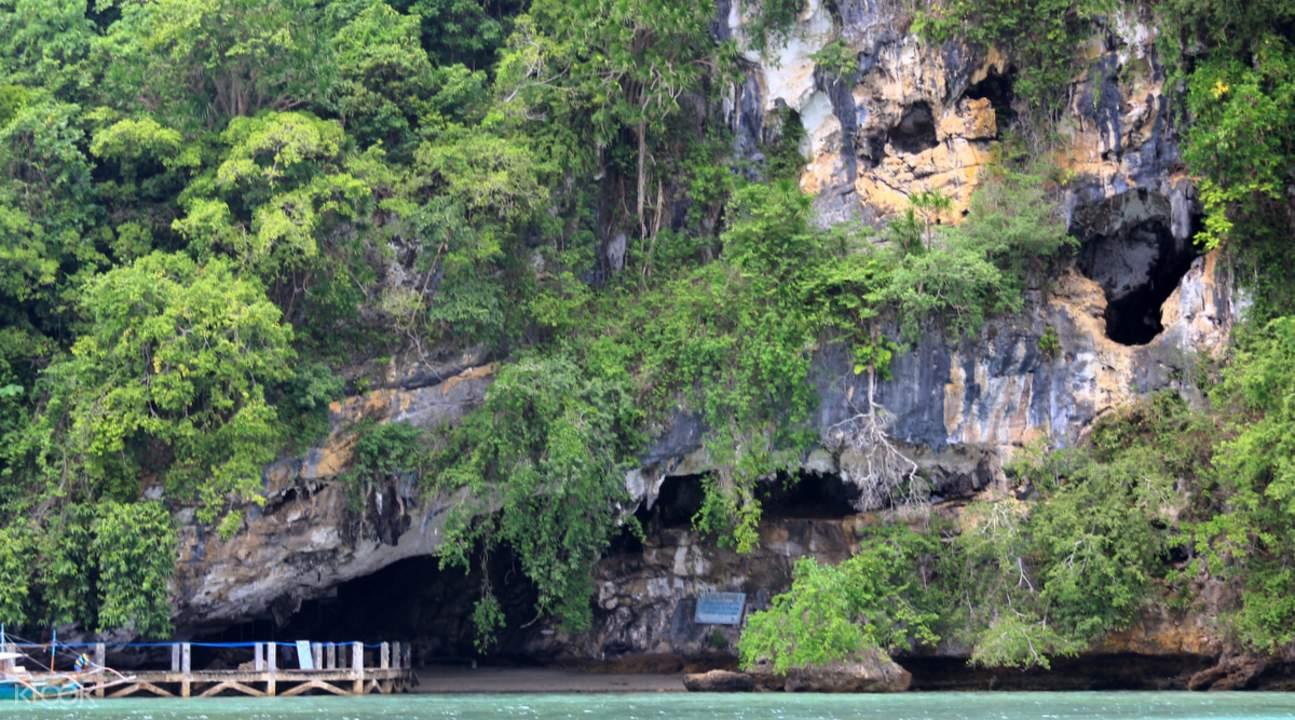 puerto princesa tabon cave palawan