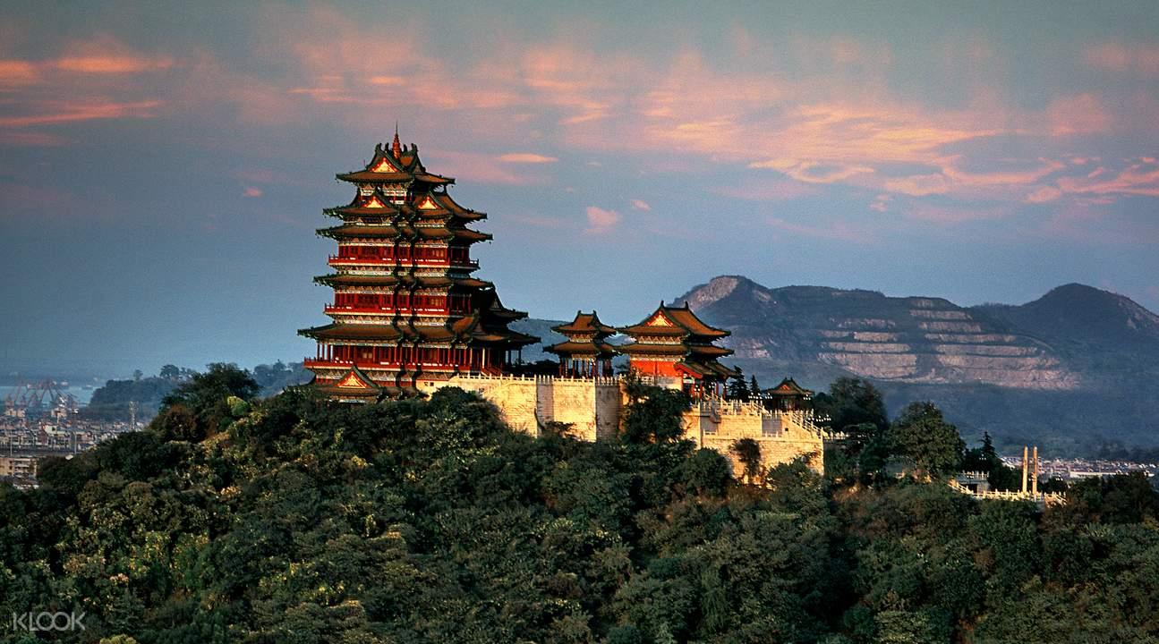 yuejiang tower