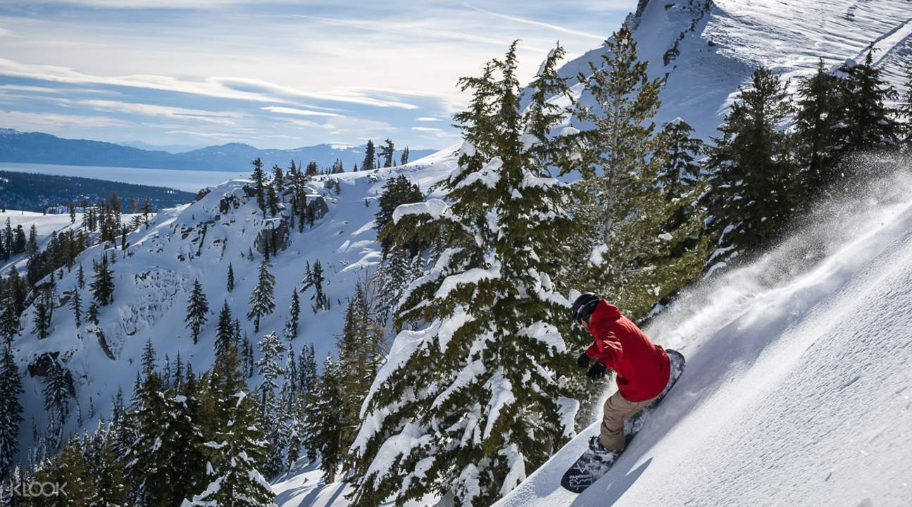 squaw-snowboarding on the slope