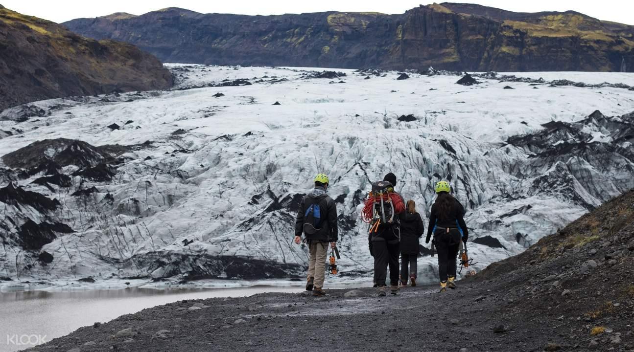 冰岛南岸一日游—索尔黑马冰川