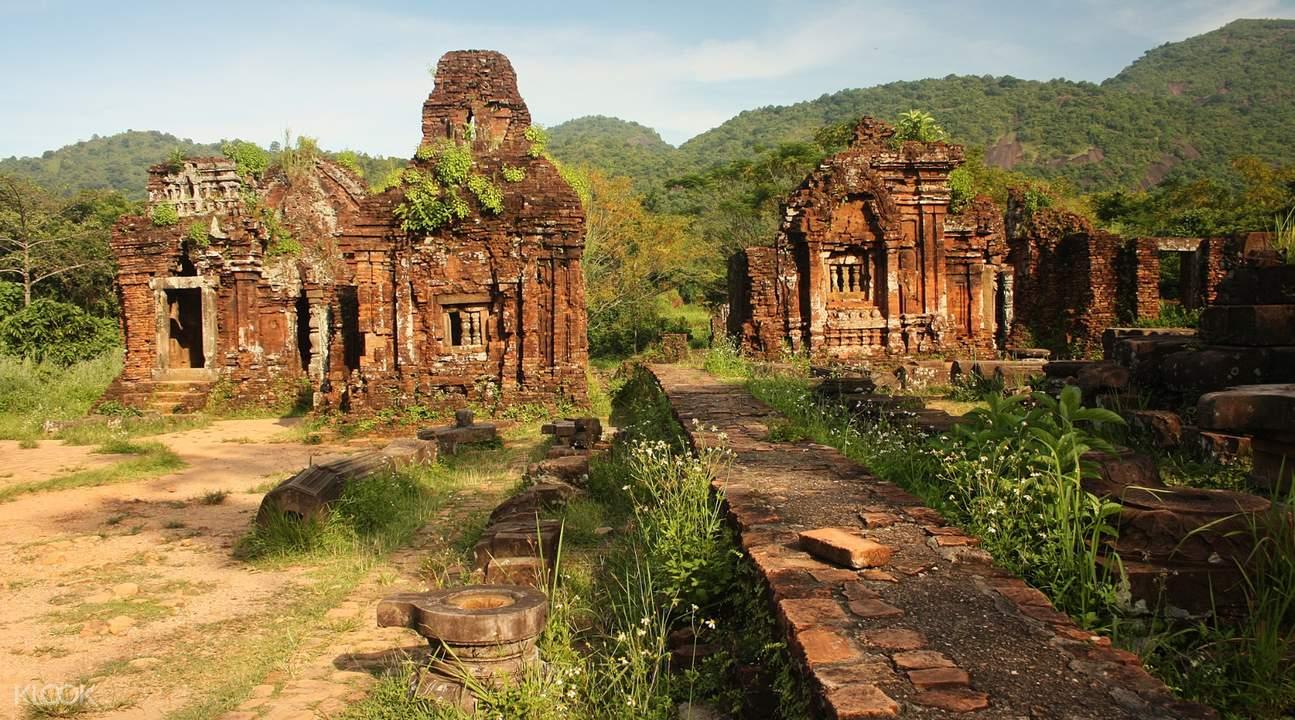 美山圣地印度教寺庙古塔