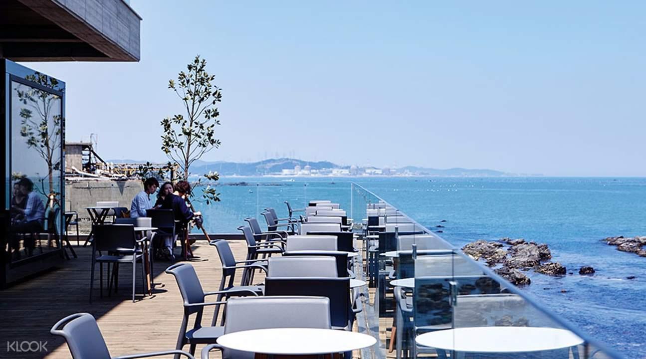 海滨咖啡厅