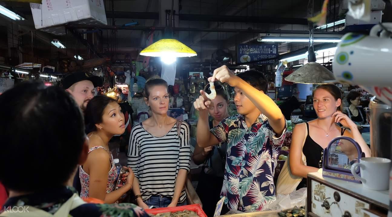 Kelas-kelas memasak masakan Thailand di Bangkok
