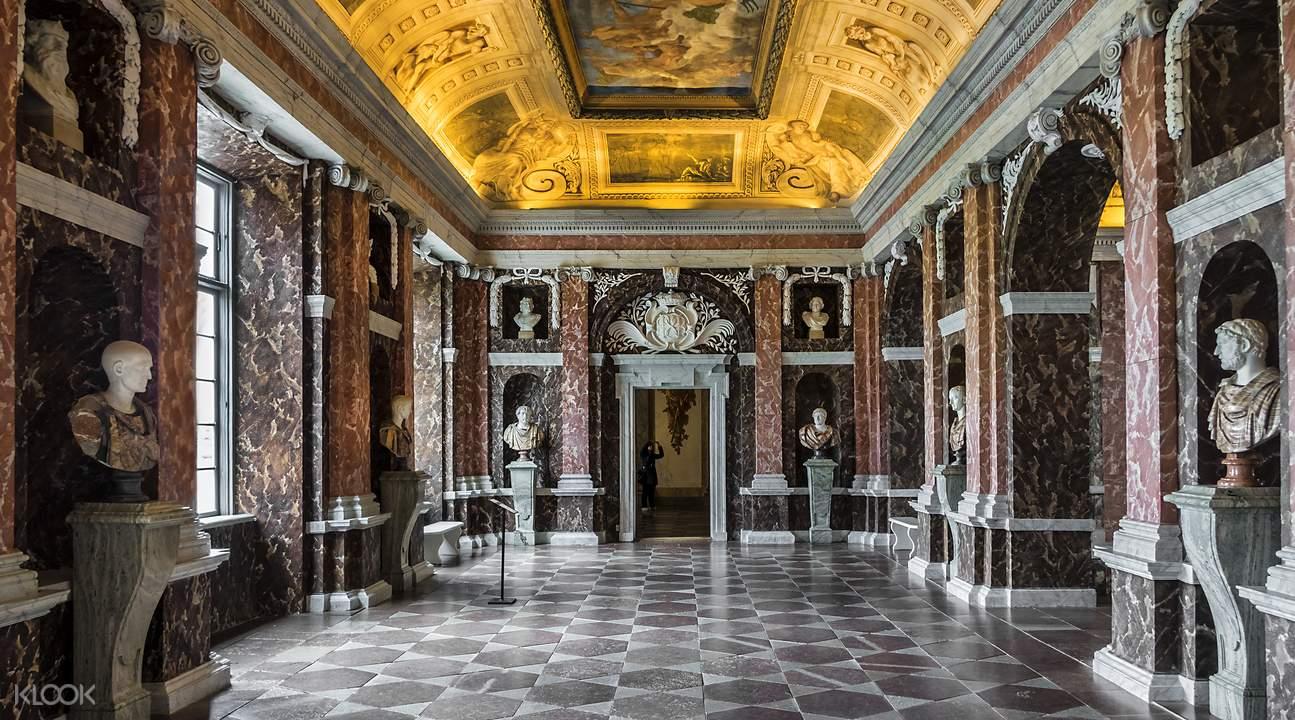 卓宁霍姆皇宫大厅