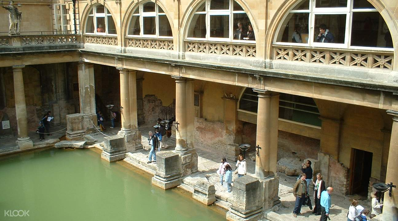 巴斯羅馬浴場