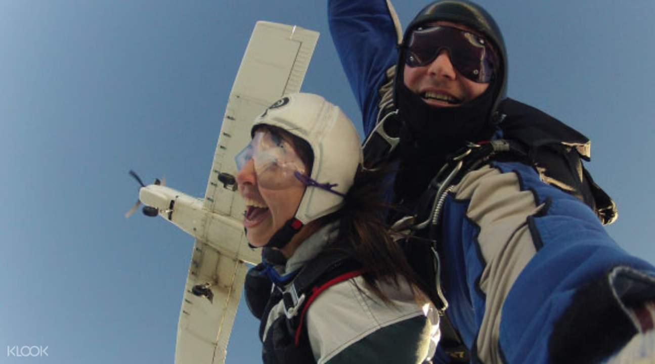 格林诺奇高空跳伞摄影