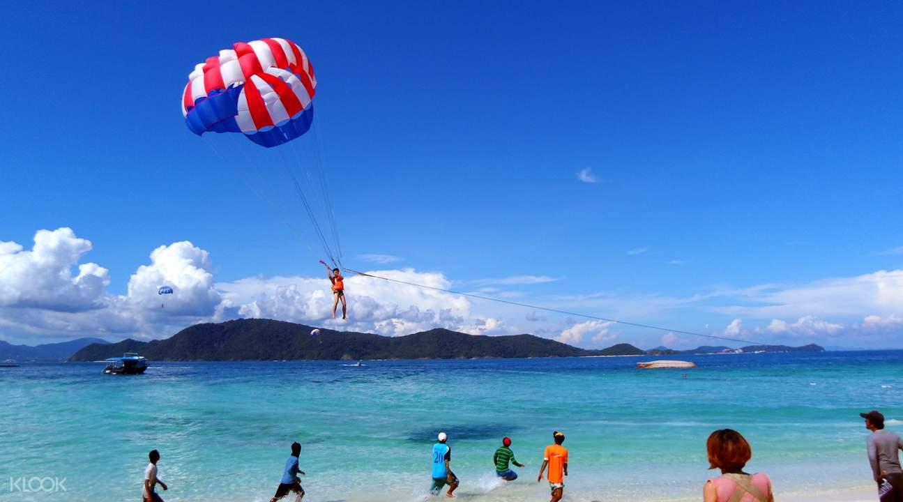 珊瑚岛一日游  海上拖曳伞
