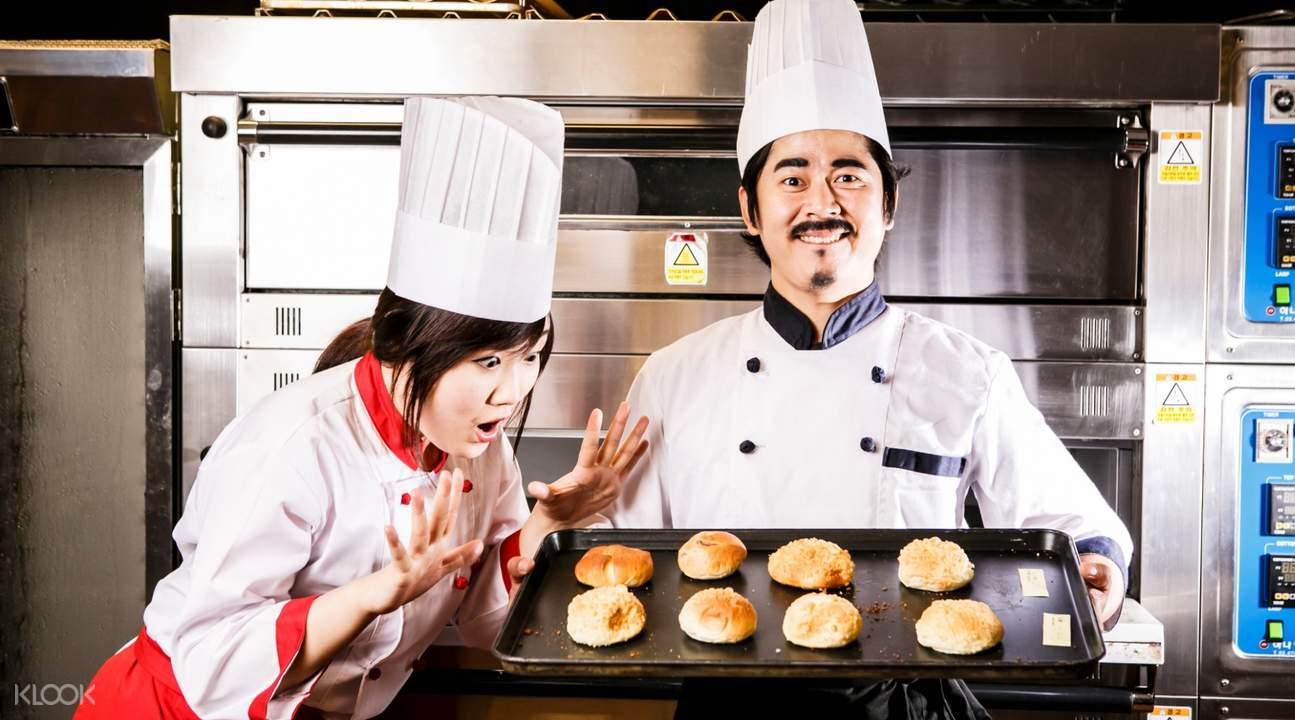 漢江遊覽船麵包秀