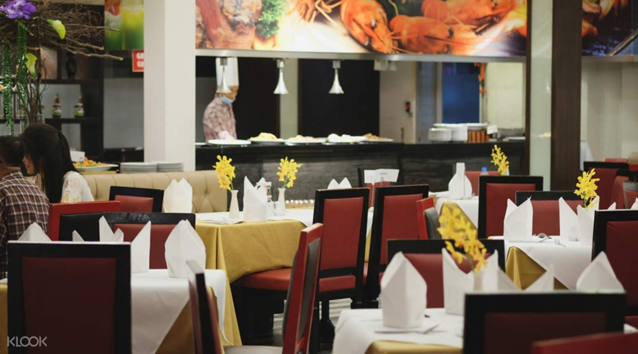 Gondola Restaurant at A-One Bangkok Hotel, Bangkok, Thailand