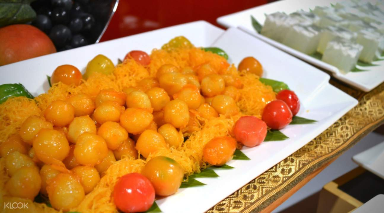 thai cuisine Gondola Restaurant at A-One Bangkok Hotel, Bangkok, Thailand