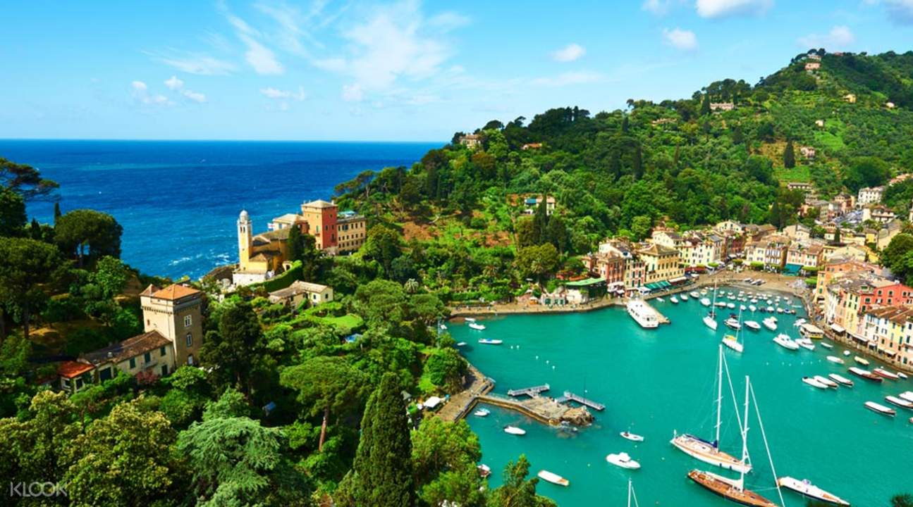Guided Day Tour of Genoa and Portofino from Milan