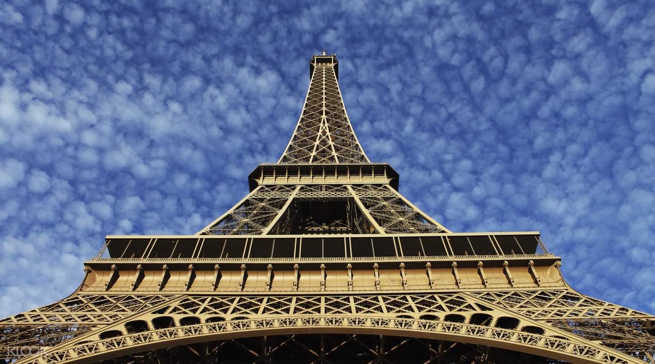 Eiffel Tower queue jump
