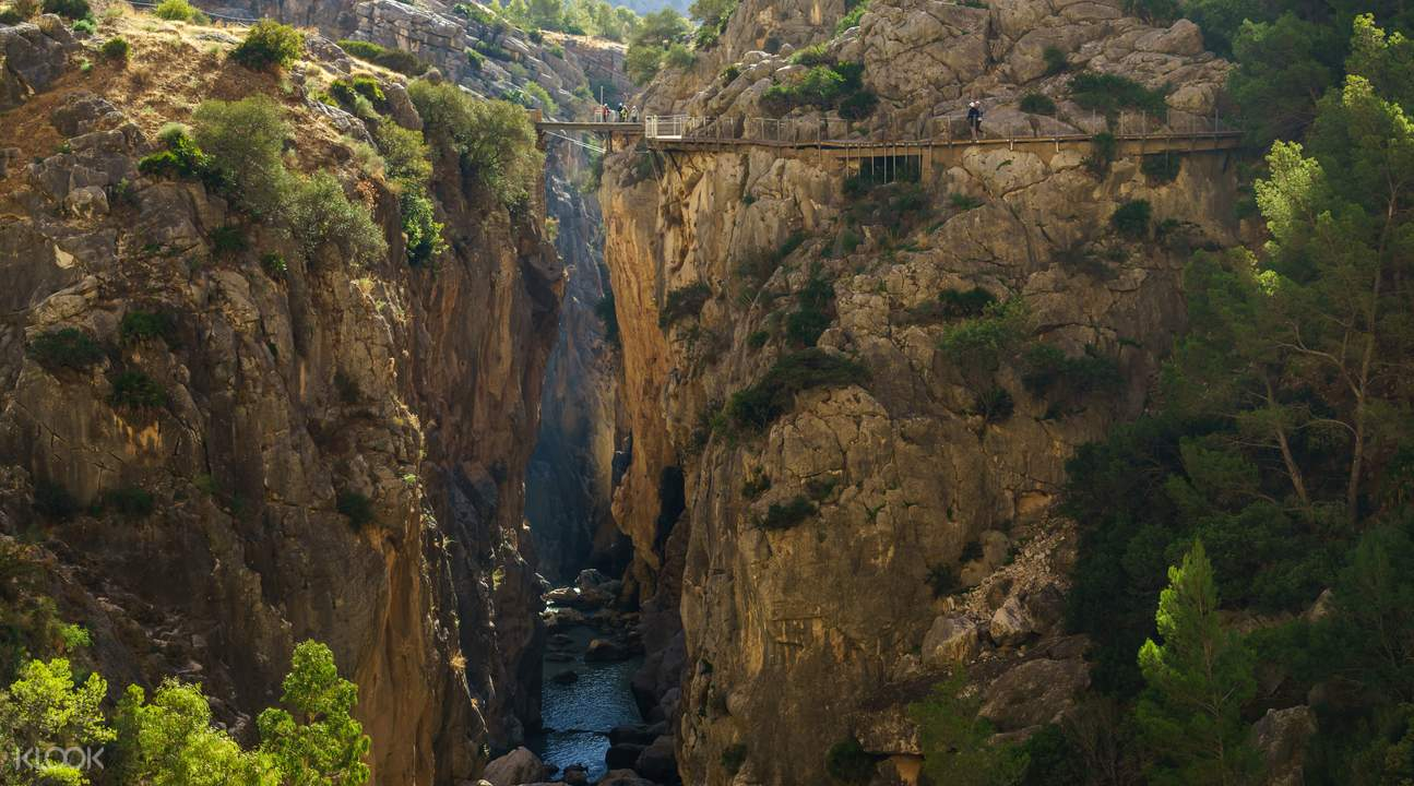 caminito del rey mountain path