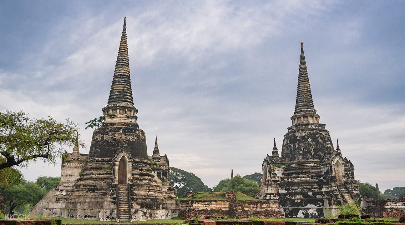 chedis of Wat Phra Si Sanphet