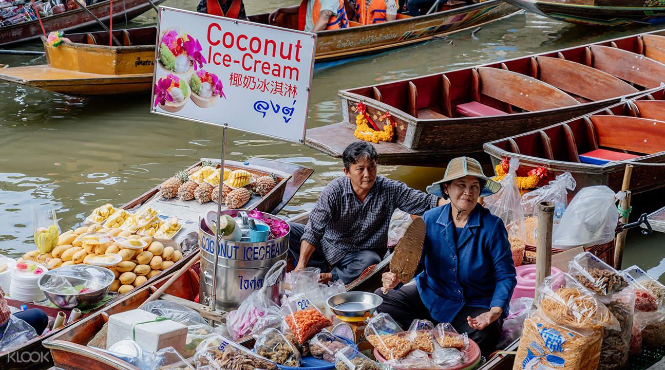 曼谷丹嫩莎朵水上市场