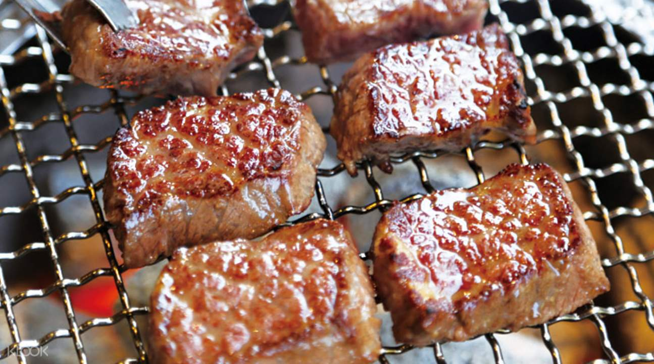 韩国首尔明洞姜虎东白丁韩国烤肉